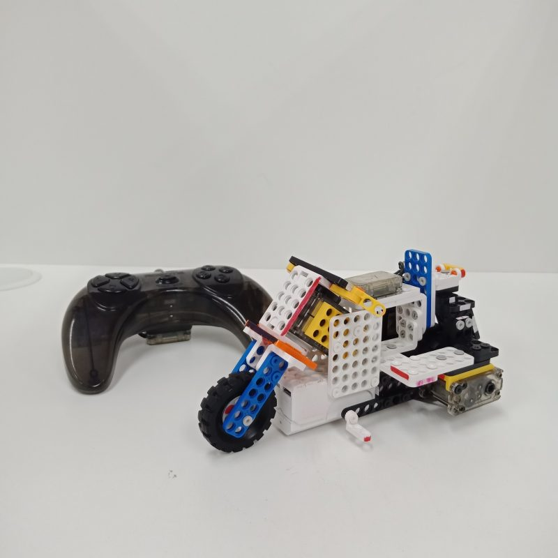 Dream World Robotics Students Motor Bike Robot