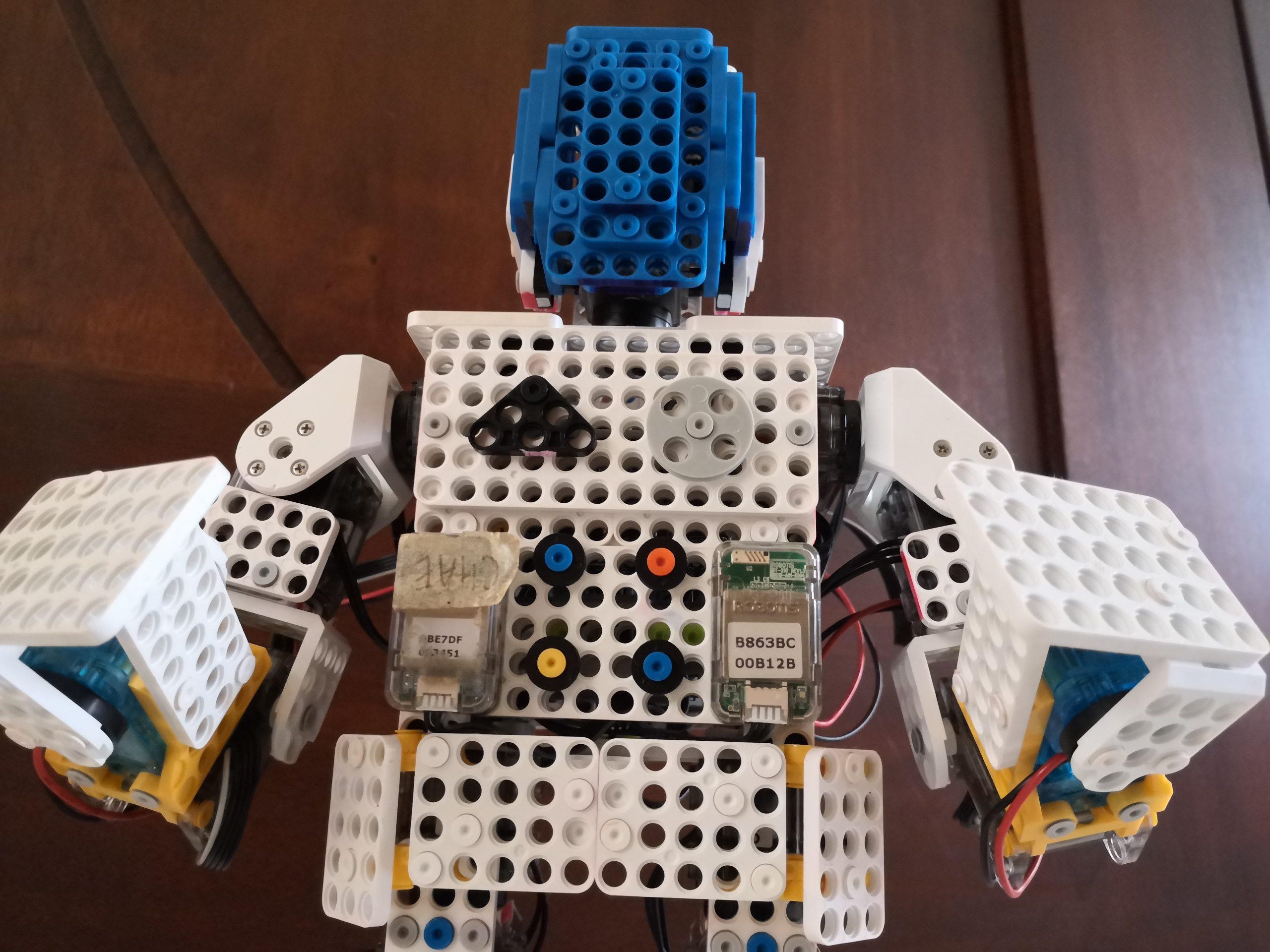 Dream World Robotics Robot Design - Astronaut Robot